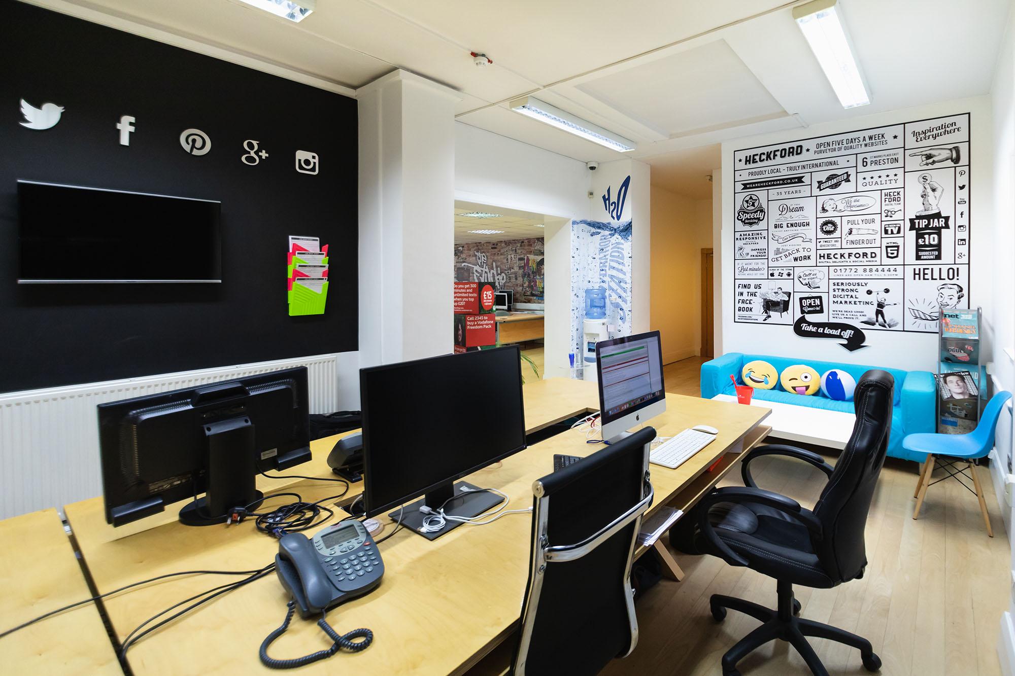 Digital office area