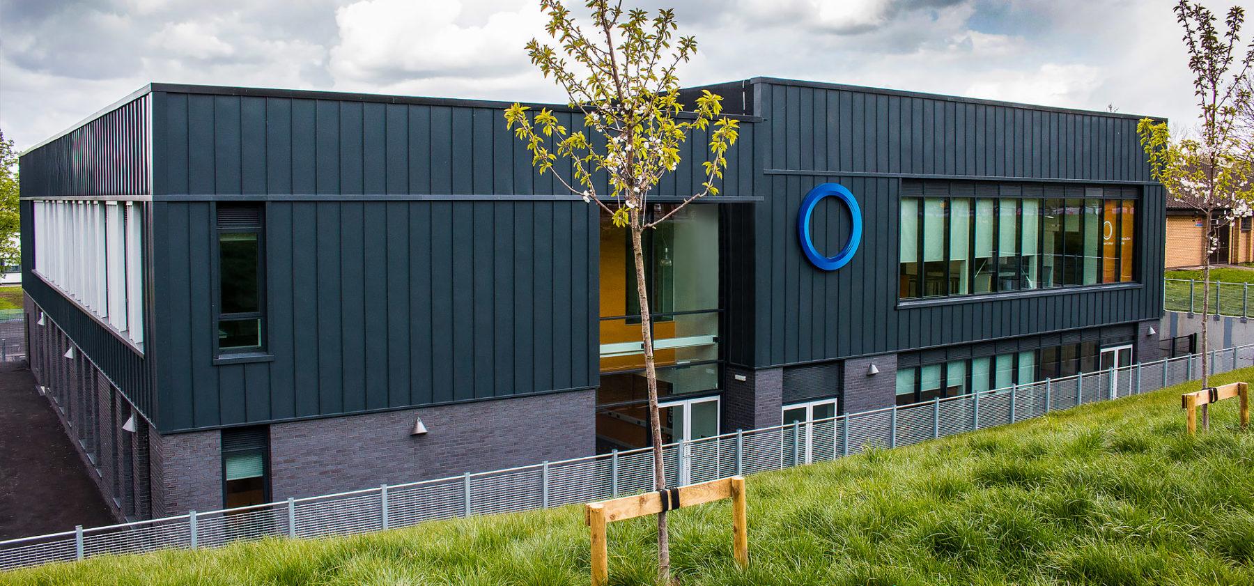 Oldham College Signage